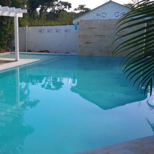 Hermosa Villa En Jardín Tropical