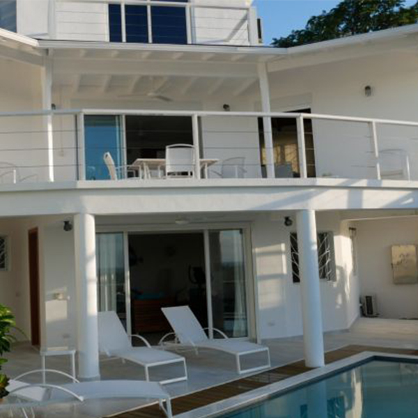 Beautiful Villa in the Heights with Private Pool and Sea View